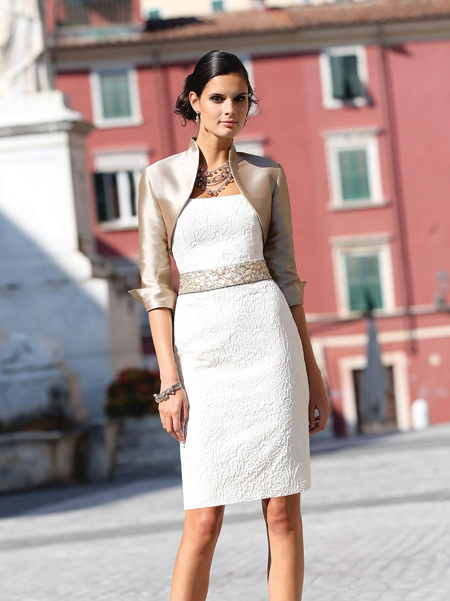 https://theweddingshop.uk/wp-content/uploads/2014/09/Linea-Raffaelli-CS14-Set-165-A.jpg